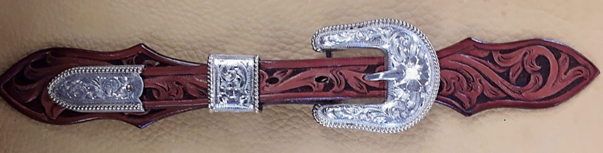 Mankato Style Spur Strap Buckles on Custom Straps by Baru Forrel